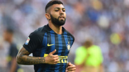 Inter Milan's Brazilian forward Gabriel Barbosa runs during the Italian Serie A football match Inter Milan vs Bologna at the San Siro stadium in Milan on September 25,  2016.  / AFP / GIUSEPPE CACACE        (Photo credit should read GIUSEPPE CACACE/AFP/Getty Images)